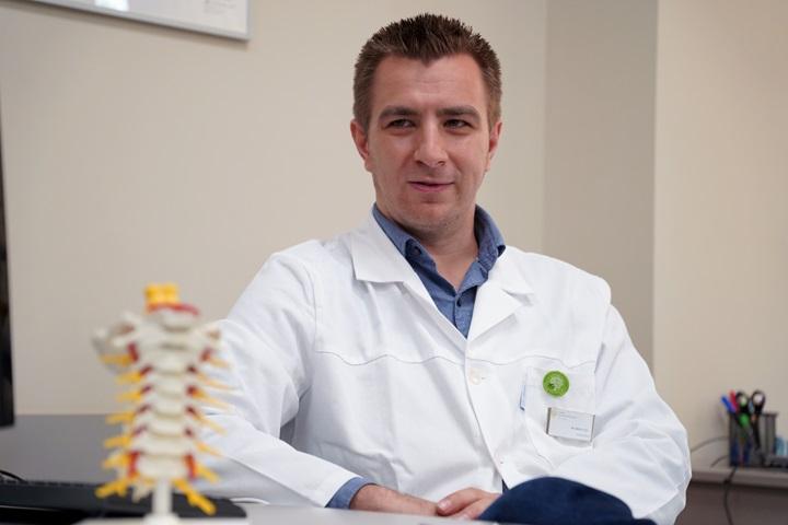 Dr. Márkus István