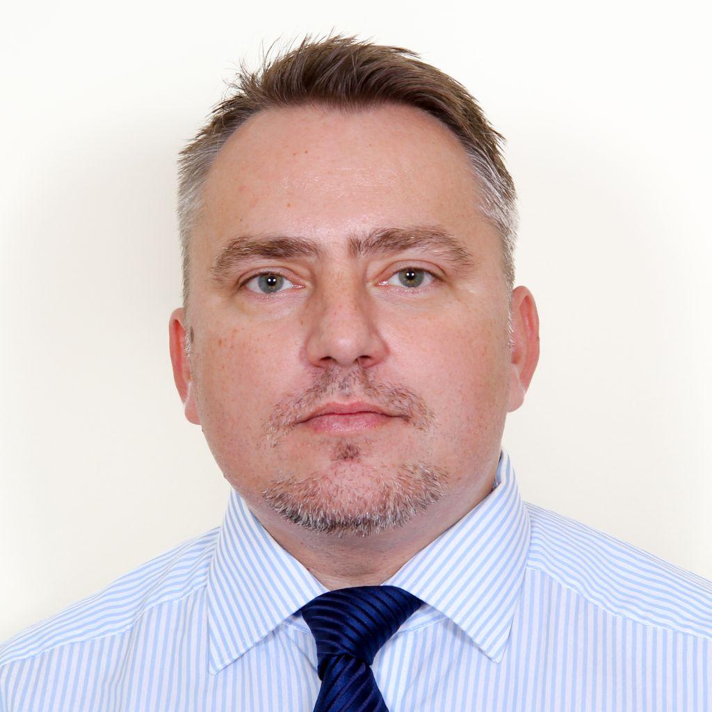 Dr. Bors István, az Országos Gerincgyógyászati Központ ortopéd szakorvosa.
