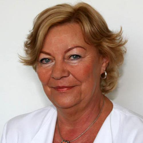 Dr. Ferenc Mária az Országos Gerincgyógyászati Központ konzervatív terápiás osztályvezető főorvosa.