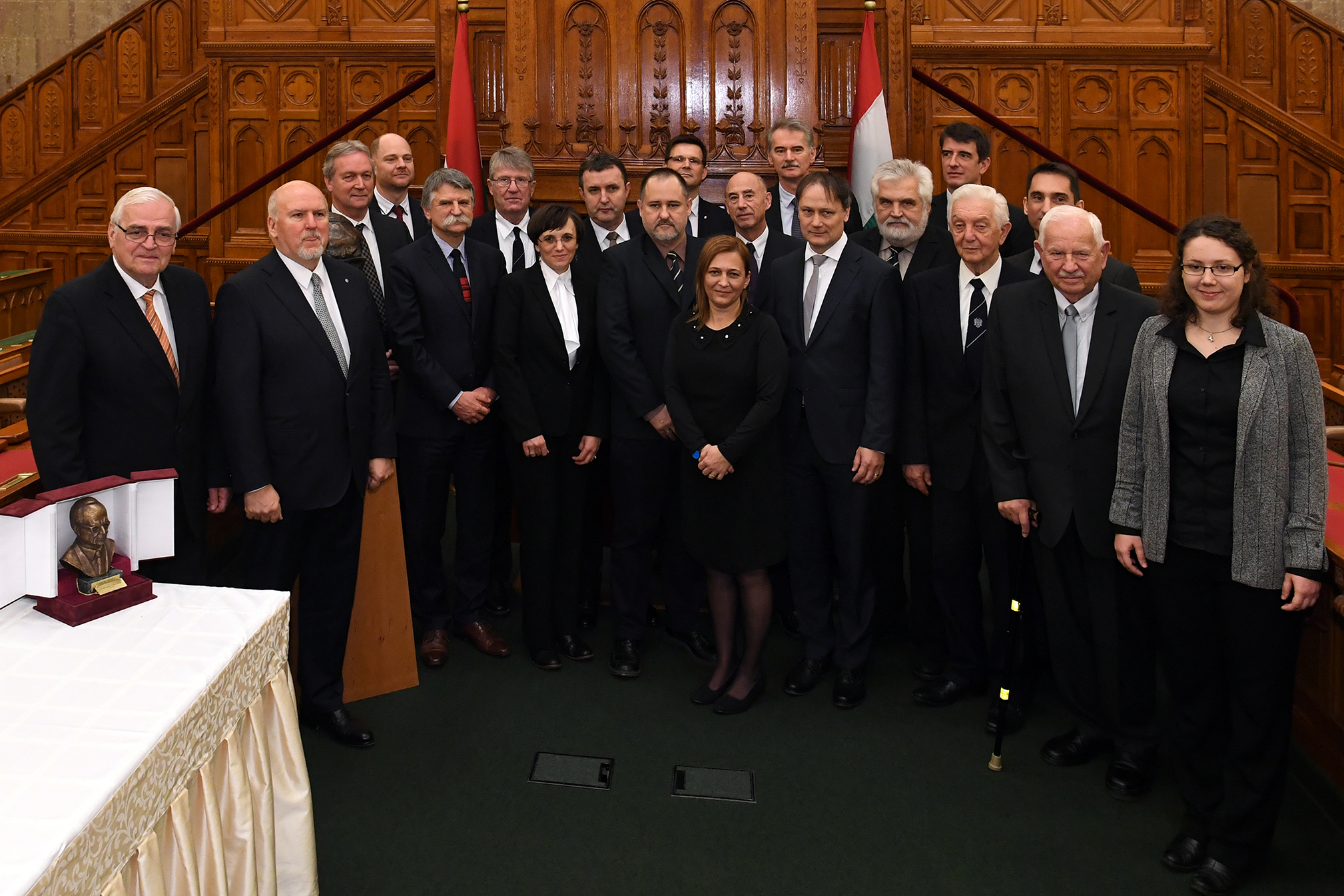 Gábor Dénes-díjban részesültek csoportképe.