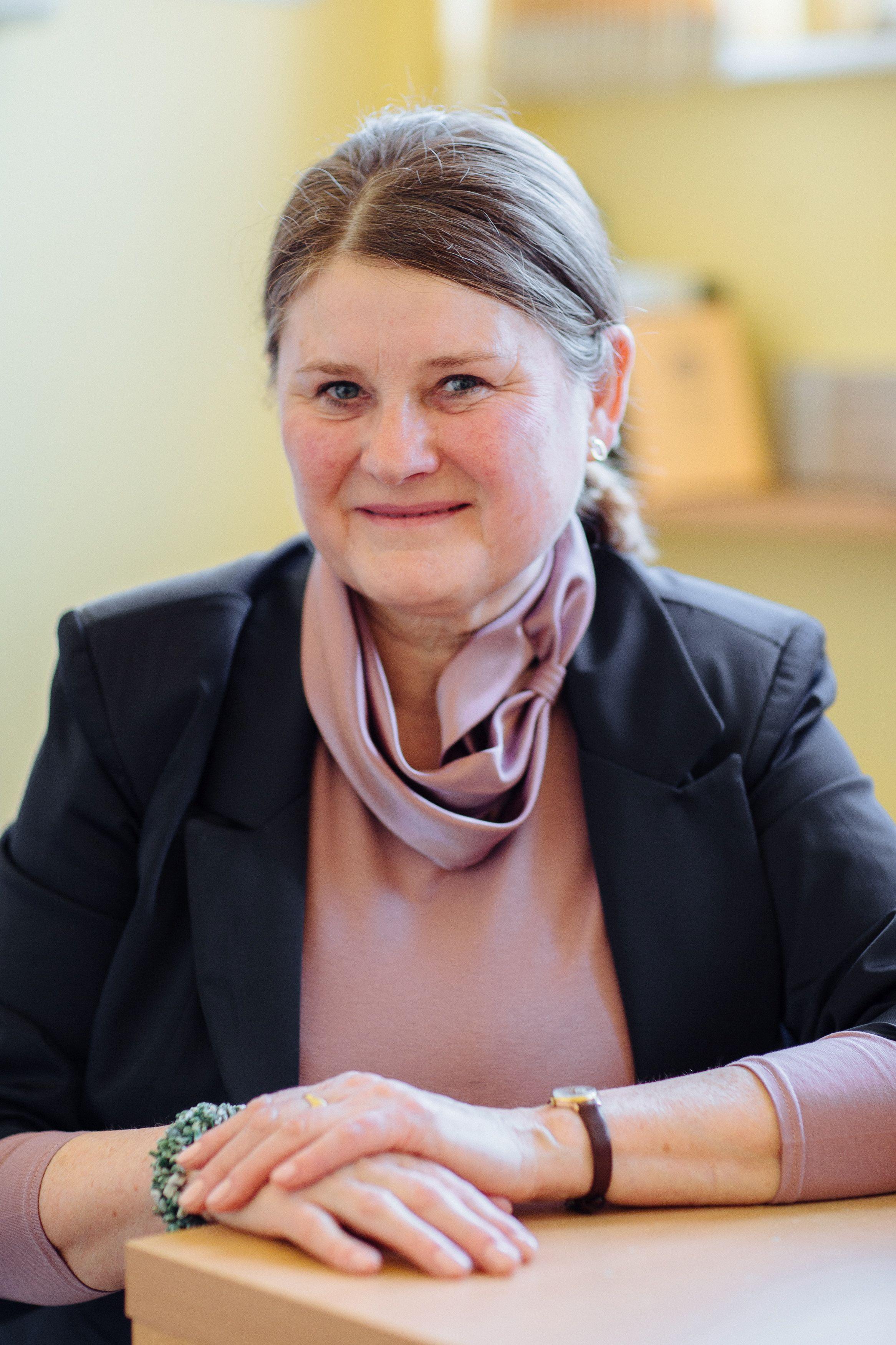 oroszi-julianna-portre