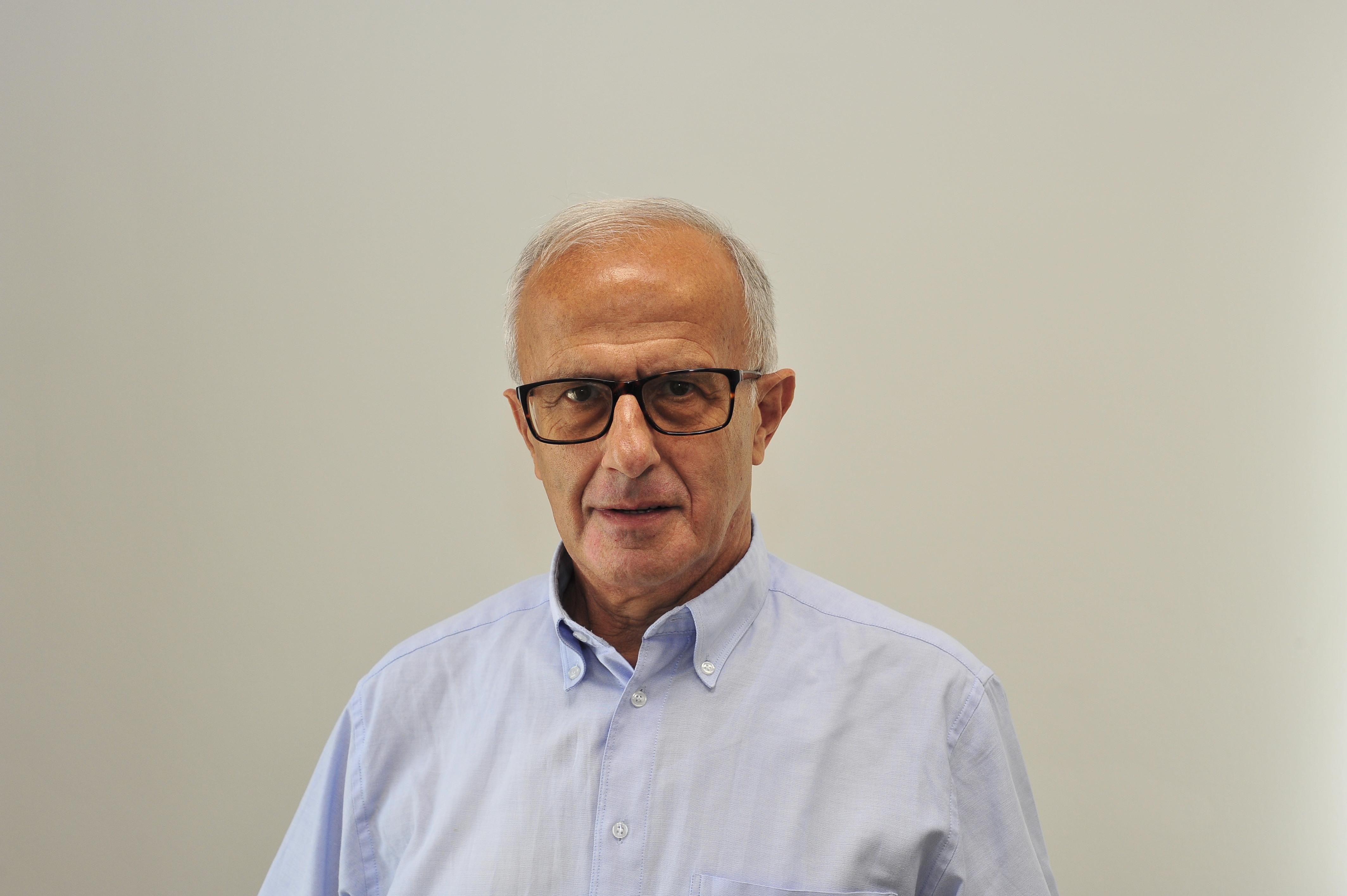 sved-janos-dr